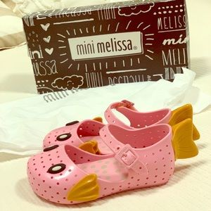 Mini Melissa pink fish shoes 7